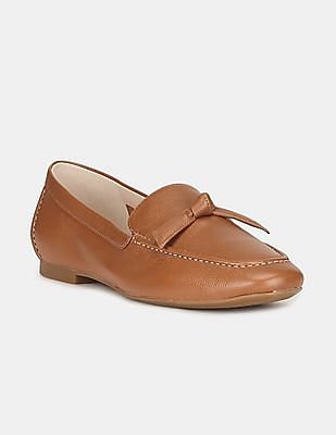 Cole Haan Women Brown Textured Leather Bow Loafers