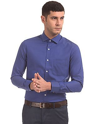 USPA Tailored Patterned Weave Tailored Fit Shirt
