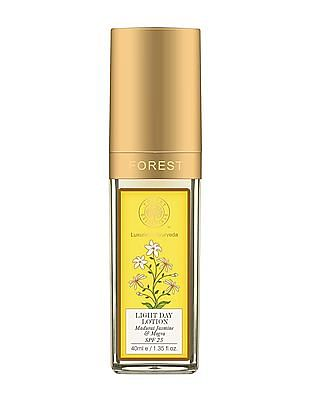 FOREST ESSENTIALS Light Day Lotion With Madurai Jasmine And Mogra - Normal And Combination Skin