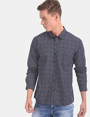 Ruggers Men Blue Spread Collar Printed Casual Shirt