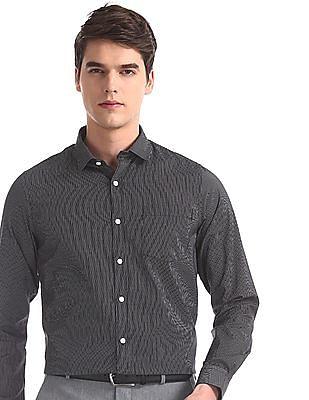 Excalibur Blue Regular Fit Striped Shirt
