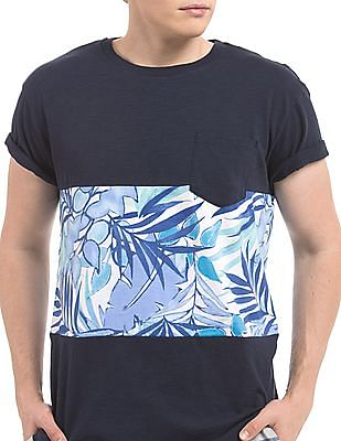 Aeropostale Printed Panel Slim Fit T-Shirt