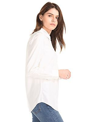 GAP New Fitted Boyfriend Oxford Shirt