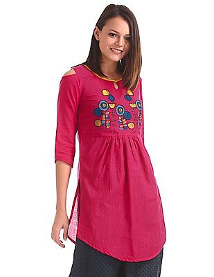 Karigari Printed Cold Shoulder Kurta