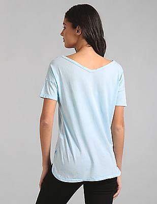 GAP Women Blue Double-V Graphic Logo Tee