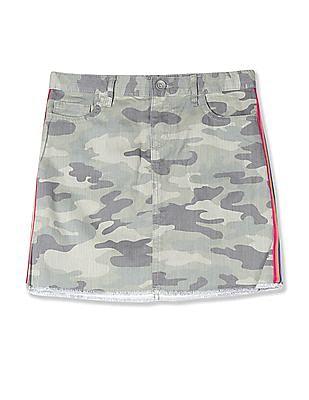 The Children's Place Girls Green Rainbow Side Stripe Camo Denim Skirt