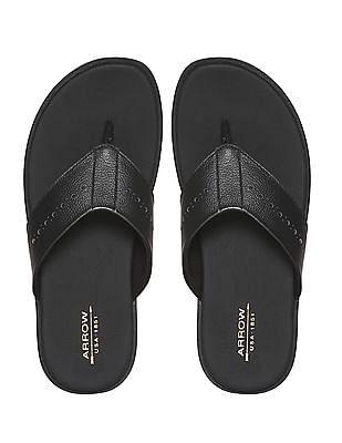 Arrow Black V-Strap Leather Sandals