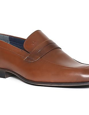 Arrow Burnished Leather Loafers